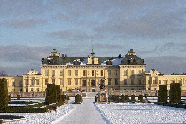 Королева Швеции поведала опривидениях во замке Дроттнингхольм